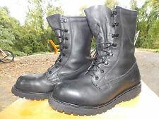 1990's Black Leather Insulated/Lined Lace Up Boots Men's Size 10 1/2 R (used)