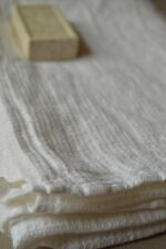 """SOFT 100% Pure LINEN Flax White Waffle Bath TOWEL 28"""" x 51"""" Made in Europe NEW"""