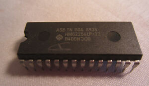 ASB IN USA 8935 HM62256LP-12 R400HQQ0 28-Pin Ic Chip