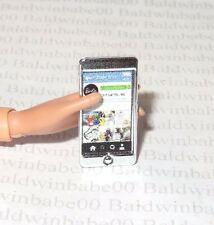 ACCESSORY ~ BARBIE DOLL  NIGHT OUT LOOK CITY CHIC SILVER CELL PHONE FOR DIORAMA