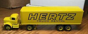 Winross White 9000 Hertz Truck Rental Tractor/Trailer 1/64