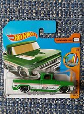 HOT WHEELS '62 CHEVY PICK UP IN SHORT CARD