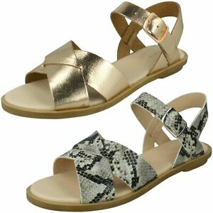LADIES CLARKS WILLOW GILD LEATHER BUCKLE CASUAL SUMMER SLINGBACK FLAT SANDALS