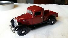 1/43 MATCHBOX COLLECTIBLES 1934 INTERNATIONAL HARVESTER C-SERIES YTC 06-M