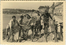 PHOTO ANCIENNE - VINTAGE SNAPSHOT - GROUPE MODE VÉLO BICYCLETTE CYCLISTE - BIKE