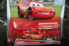 "DISNEY PIXAR CARS ""LIGHTNING McQUEEN WITH PIT STOP BARRIER"" NEW IN PACKAGE"