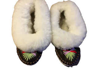 LADIES SHEEPSKIN SLIPPERS 100% LEATHER HANDMADE HAND-EMBROIDERED Size 38/5/6