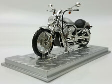 1/24 Harley-Davidson VRSCA V-ROD 2002 Motorcycle Model