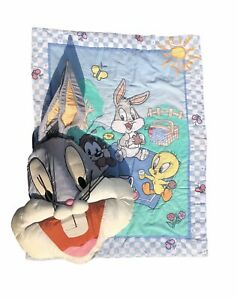 •EUC• Vintage Set •Looney Tunes Quilt Crib & Bugs Bunny Pillow• Collectibles