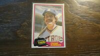 1981 TOPPS # 27 CHAMP SUMMERS  BASEBALL CARD