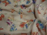 2m,50x1,55  beau  tissu aux papillons    belles teintes  ,fond rose,corsage,robe