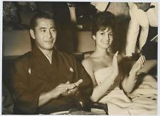 Toshiro Mifune à Venise, 1961 Vintage silver print,Toshirō Mifune, est un acte