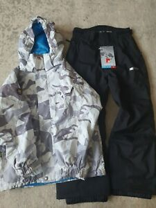 Boy's Quiksilver  / Nevica Ski Suit 9-10 years