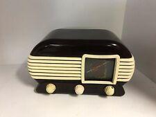 TESLA TALISMAN 307U Bakelite vintage old radio