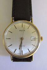 MEN's / GENT'S marchiato in oro 9 carati AVIA serviti da polso orologio con data PWO & in buonissima condizione
