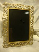 """Gold-Tone Metal Geometric Modern Photo Frame - Hold's 4""""x 6"""" Picture         408"""