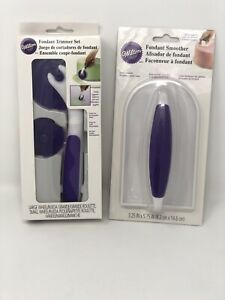 Wilton Small & Large Wheel Blade Plastic Rotating Fondant Trimmer Set & Smoother
