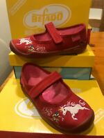 Befado Girls Red Suede Mary-Jane Unicorn Embroidered Shoe Non-Slip  sz 26/8.5