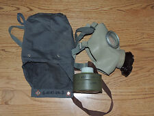 Czech CM3 1970 VIETNAM Era Grey Gas Mask with Unused MOF-2 Canister