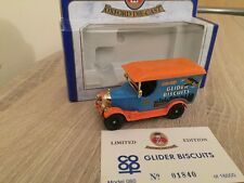 Oxford Diecast Co-op Gliders Biscuits Crumpsall & Cardiff Bullnose Morris Van