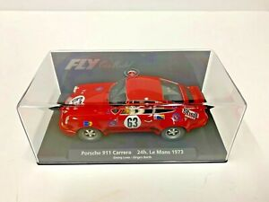 SLOT CARS 1/32 SCALE  N.O.S. V.DESIRABLE 1973 PORSCHE 911 SLOT CAR W/CASE