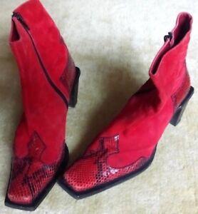 Iacopini, designer, made in Italy, suede/ genuine crocodile skin boots size 37