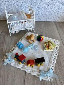 1/12 Dolls House White Metal Detailed Crib And Nursery Items Bundle