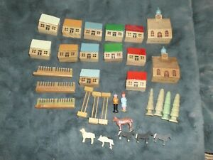 VINTAGE GERMAN ERZGEBIRGE PUTZ 'FOREIGN' HOUSES CHURCH PEOPLE ANIMALS MIXED LOT