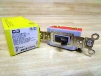 Hubbell HBL1221 Toggle Switch HBL1221