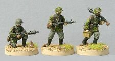 TQD GS12 20mm Diecast WWII German Waffen SS wearing Early Smocks with MG34's