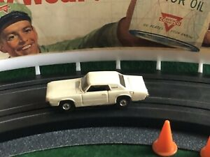Vintage '67 FORD THUNDERBIRD Aurora AFX Racing Slot Car T-JET MoDeL MoToRing