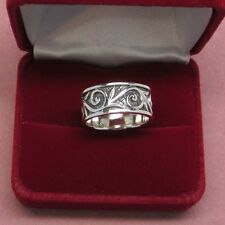 Men's size 10 band style 925 sterling silver ring swirl design