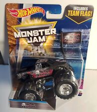 "HOT WHEELS MONSTER JAM ""METAL MULISHA"" W/TEAM FLAG 1:64 Monster Truck 2017"