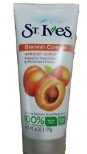 St. Ives Fresh Skin Apricot Scrub 100% Natural Exfoliant, 6 oz/170g.