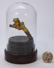"""Miniaturskulptur aus Buchsbaumholz """"Laubfrosch auf Ast sitzend"""""""