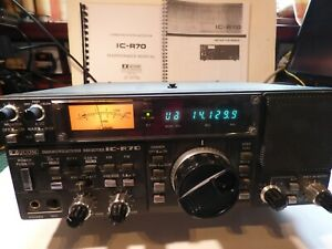ICOM IC R 70 RECEIVER IN GOOD CONDITION AND FULL WORKING ORDER.