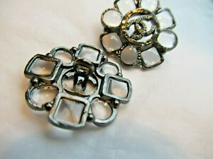 CHANEL 1 CLEAR GLASS DARK SILVER  METAL BUTTONS  CC LOGO 20 MM   LOT one pc