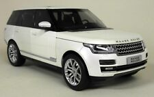 GT Autos 1/18 Scale - 11006MB Range Rover 2013 Metallic White Diecast Model Car