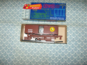 HO ROUNDHOUSE NEW YORK CENTRAL 40'SINGLE DOOR BOXCAR KIT! ONLY $8.00!