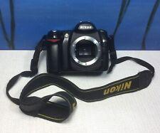 Nikon D50 6.1 MP Digital SLR Camera Body & battery *untested