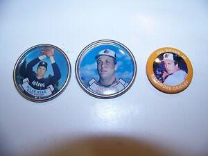 1987 Topps Chewing Gum - Cal Ripkin- Nolan Ryan - Metal Cap + Cal Pin