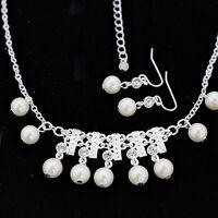 simulé blanc perle et cristal lustre ensemble boucles d'oreilles et collier