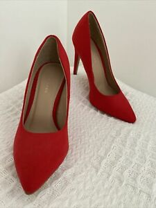 New Look Red Suede Classic High Heels Pumps Pointy Toe AUS 5 UK 3 EUR 36 NWOB