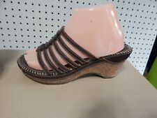 Womens White Mountain leather sandals - brown - size 8M - 210-W1607
