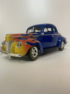 Ertl 1940 FORD COUPE 1/18 Diecast model car-Blue S/Flames