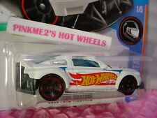 2005 FORD MUSTANG✰Kmart Exclusive WHITE;red rim mc5✰RACE TEAM✰2017 Hot Wheels Q