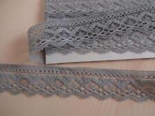 1,75€/m-Französische elastische Spitze aus Calais in grau 2mx3cm