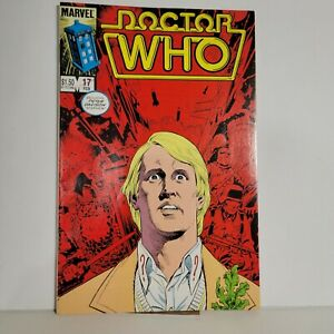 DOCTOR WHO #17 Fifth Doctor Peter Davison 1986 Marvel Comics Combine Shipping