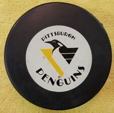 PITTSBURGH PENGUINS  VINTAGE OFFICIAL INGLASCO HOCKEY PUCK NHL CZECHOSLOVAKIA