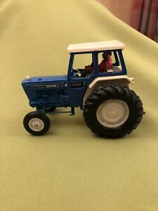 Britains farm Ford 6600 tractor Vintage Model 1/32